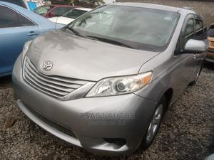 Toyota Sienna 2010 Silver | Cars for sale in Lagos State, Ojodu