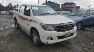 Toyota Hilux 2010 2.7 VVT-i 4X4 SRX White | Cars for sale in Rivers State, Port-Harcourt