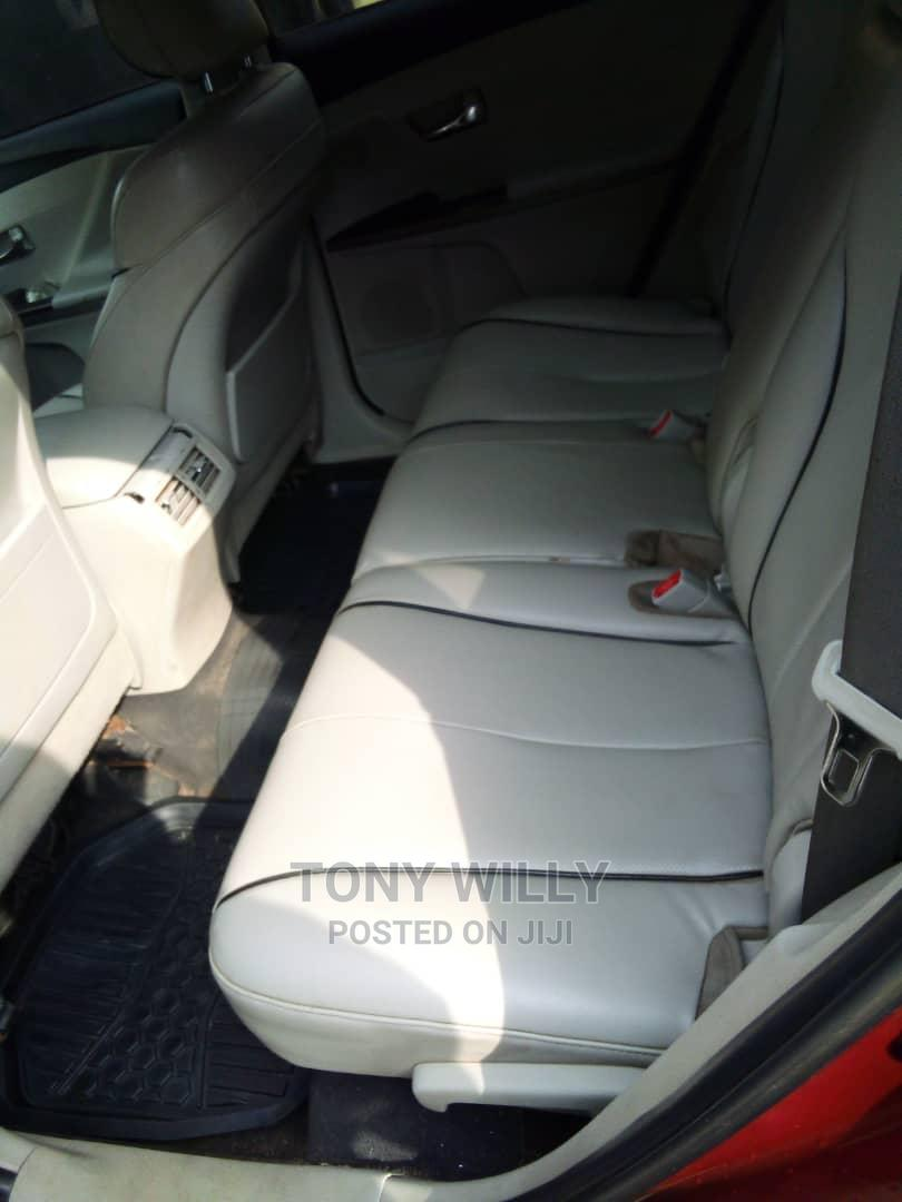 Toyota Venza 2010 AWD Red