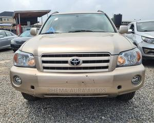 Toyota Highlander 2004 Gold | Cars for sale in Lagos State, Yaba