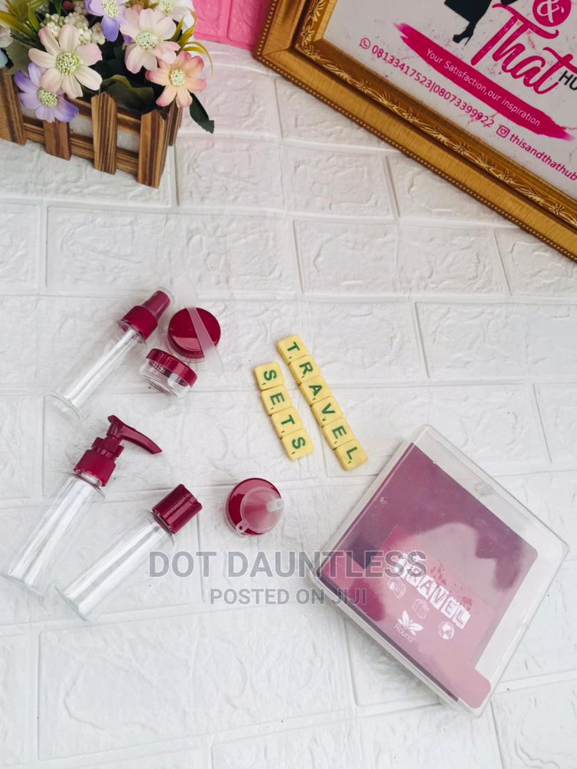 Cosmetics / Makeup Travel Kit (Different Colour Shades)   Makeup for sale in Oshodi, Lagos State, Nigeria