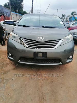 Toyota Sienna 2012 XLE 7 Passenger Green | Cars for sale in Lagos State, Ikeja