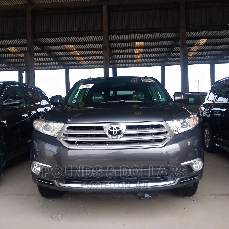 Toyota Highlander 2013 Limited 3.5L 2WD Gray
