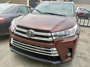 Toyota Highlander 2018 XLE 4x4 V6 (3.5L 6cyl 8A) Brown | Cars for sale in Lagos State, Amuwo-Odofin