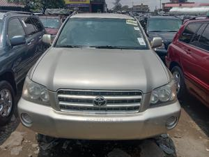 Toyota Highlander 2003 V6 AWD Gold | Cars for sale in Lagos State, Apapa