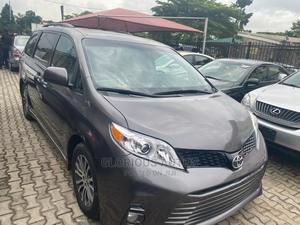 Toyota Sienna 2018 XLE AWD (3.5L 6cyl 8A) Gray   Cars for sale in Lagos State, Ikeja