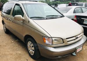 Toyota Sienna 2001 CE Gold   Cars for sale in Abuja (FCT) State, Gwarinpa