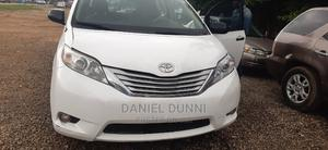 Toyota Sienna 2013 White | Cars for sale in Abuja (FCT) State, Gudu