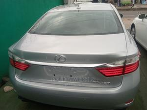 Lexus ES 2013 350 FWD Silver | Cars for sale in Lagos State, Agege