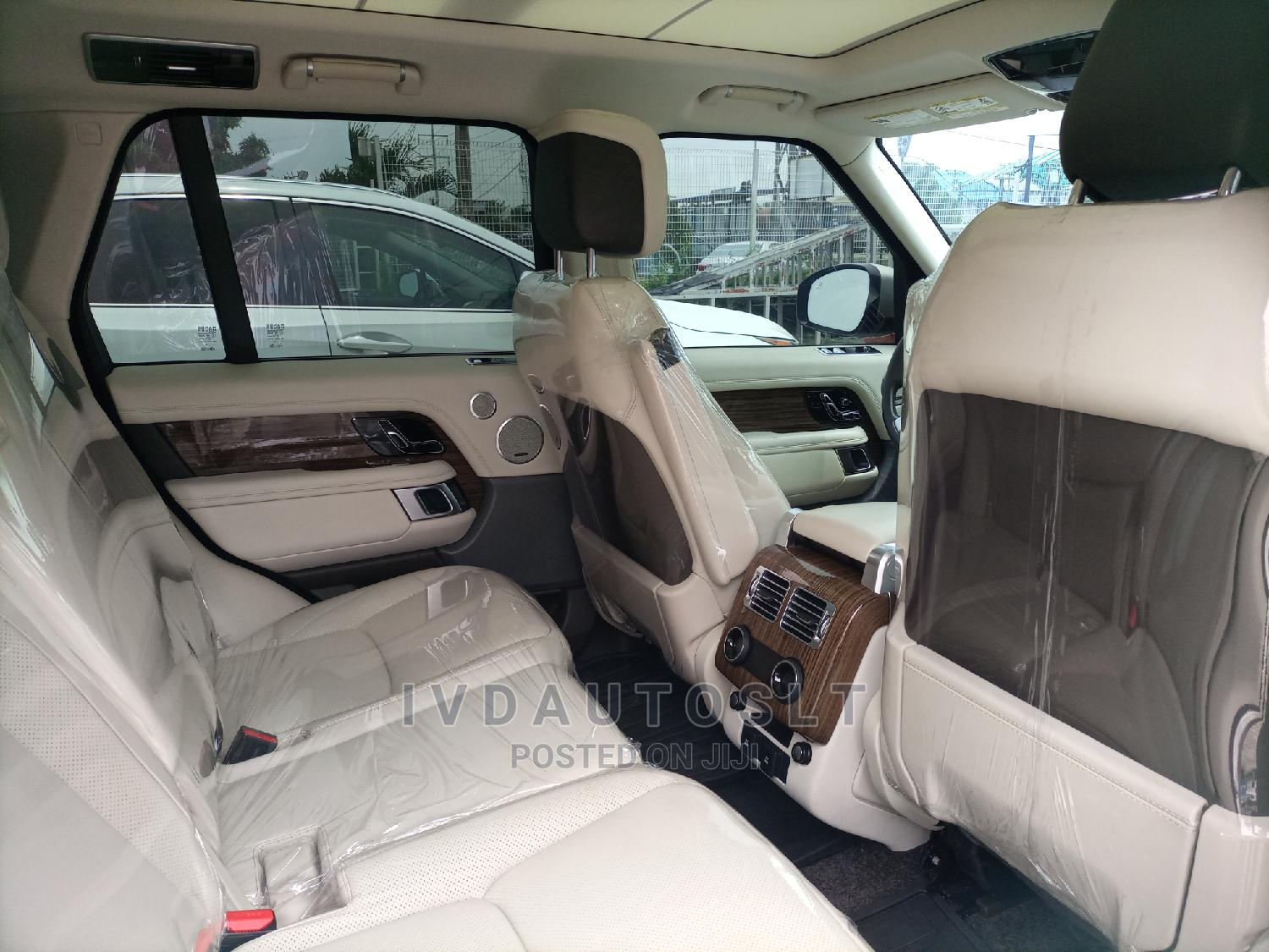 Land Rover Range Rover 2018 Gold | Cars for sale in Ajah, Lagos State, Nigeria