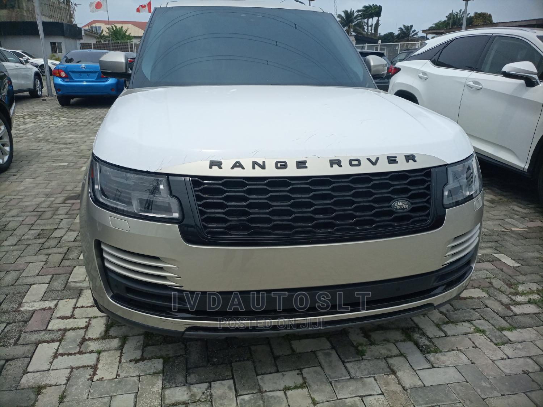 Land Rover Range Rover 2018 Gold