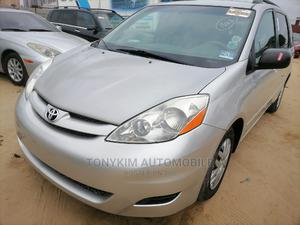 Toyota Sienna 2007 LE 4WD Silver | Cars for sale in Lagos State, Amuwo-Odofin
