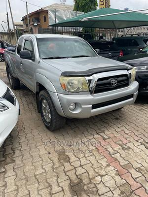 Toyota Tacoma 2008 4x4 Double Cab Silver | Cars for sale in Lagos State, Ikeja