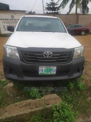 Toyota Hilux 2012 2.5 D-4d 4X4 SRX White | Cars for sale in Lagos State, Alimosho