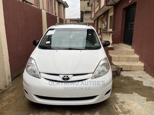 Toyota Sienna 2009 LE White | Cars for sale in Lagos State, Ikotun/Igando
