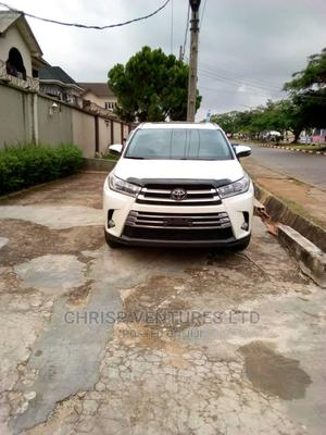 Toyota Highlander 2018 LE 4x4 V6 (3.5L 6cyl 8A) White | Cars for sale in Lagos State, Ikorodu