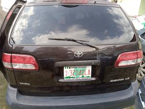 Toyota Sienna 2000 LE & 1 hatch Brown | Cars for sale in Cross River State, Calabar