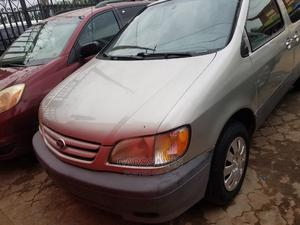 Toyota Sienna 2002 Silver | Cars for sale in Lagos State, Agege