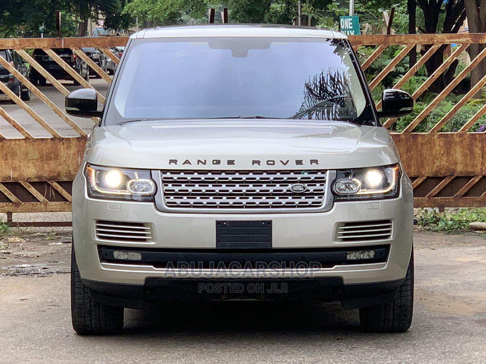 Land Rover Range Rover Vogue 2014 Gold