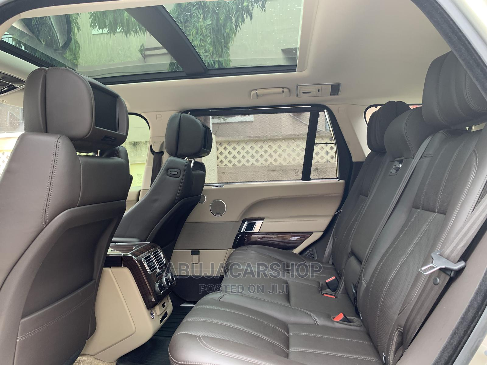 Land Rover Range Rover Vogue 2014 Gold   Cars for sale in Central Business District, Abuja (FCT) State, Nigeria