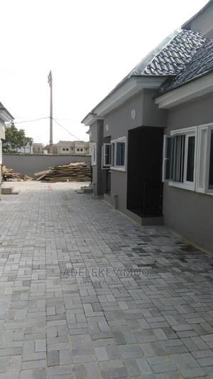 Mini Flat in Chevron for Rent | Houses & Apartments For Rent for sale in Lekki, Chevron