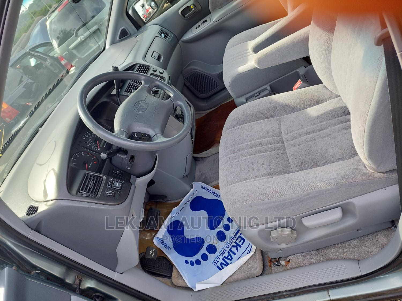 Toyota Sienna 2001 LE Blue | Cars for sale in Gwarinpa, Abuja (FCT) State, Nigeria