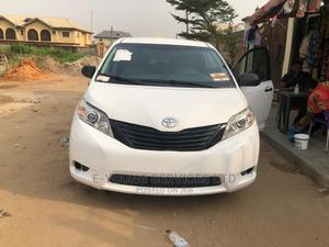 Toyota Sienna 2011 LE 7 Passenger White | Cars for sale in Lagos State, Isolo