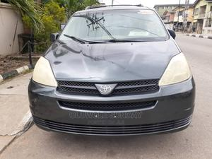 Toyota Sienna 2004 LE AWD (3.3L V6 5A) Gray   Cars for sale in Lagos State, Shomolu