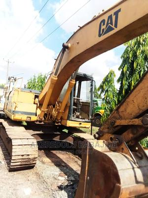 This Is 320bl Excavator Nigeria Uesd   Heavy Equipment for sale in Lagos State, Abule Egba