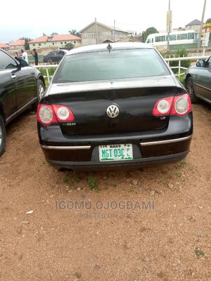 Volkswagen Passat 2009 3.2 V6 Sportline DSG Black | Cars for sale in Abuja (FCT) State, Mararaba