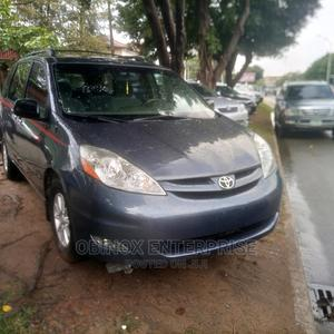 Toyota Sienna 2008 LE Blue | Cars for sale in Abuja (FCT) State, Apo District