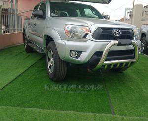Toyota Tacoma 2012 Access Cab V6 Automatic Silver | Cars for sale in Lagos State, Ikeja