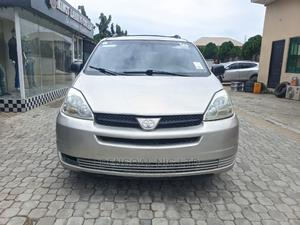 Toyota Sienna 2004 LE AWD (3.3L V6 5A) Silver | Cars for sale in Lagos State, Ajah