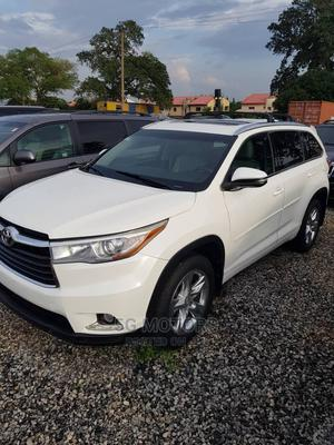 Toyota Highlander 2015 White | Cars for sale in Abuja (FCT) State, Wuse 2