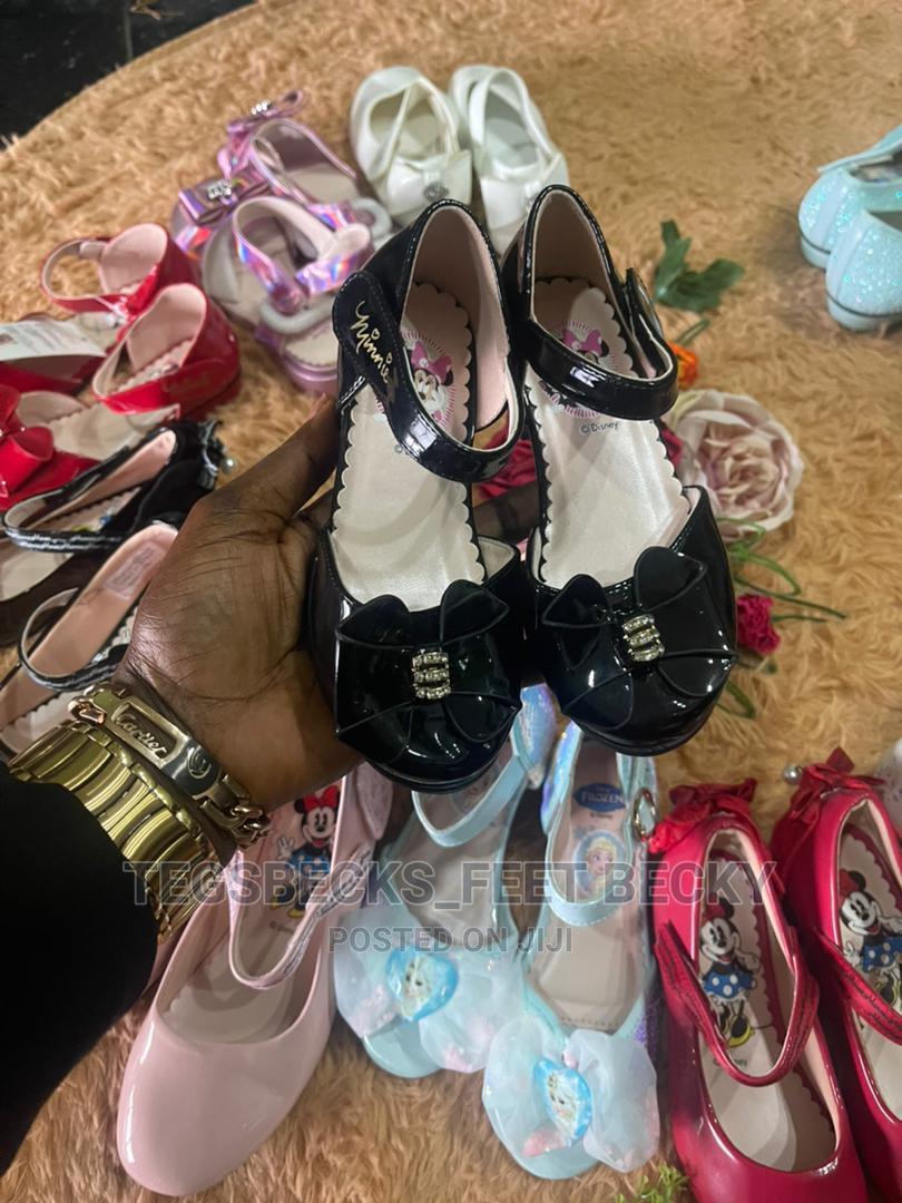 New Black Shoe For Girls