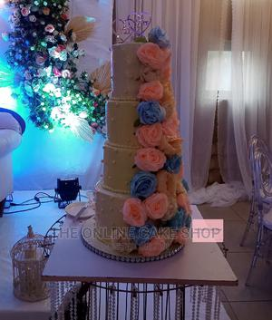 Wedding Cakes With Cutouts   Meals & Drinks for sale in Oyo State, Ibadan