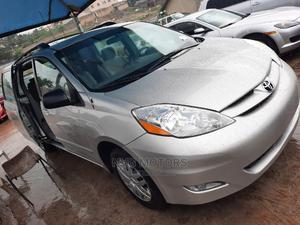 Toyota Sienna 2006 LE AWD Silver   Cars for sale in Oyo State, Oluyole