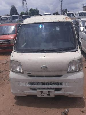 New Model Daihatsu Minibus Automatic Gear 3 Plug | Buses & Microbuses for sale in Anambra State, Onitsha