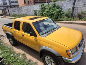 Nissan Frontier 2004 LE V6 Crew Cab Yellow   Cars for sale in Lagos State, Apapa