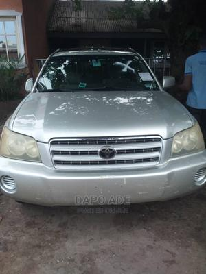 Toyota Highlander 2003 V6 AWD Silver | Cars for sale in Lagos State, Apapa