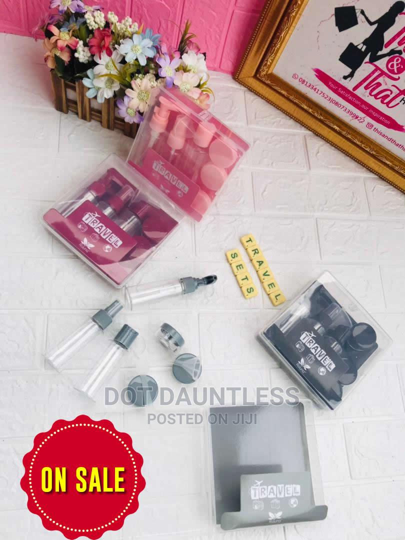 Make Up Travel Kit