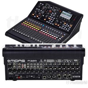 Digital Mixer. M32R   Audio & Music Equipment for sale in Lagos State, Ojo