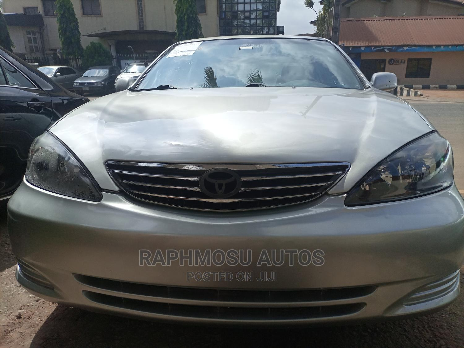 Toyota Camry 2003 Silver