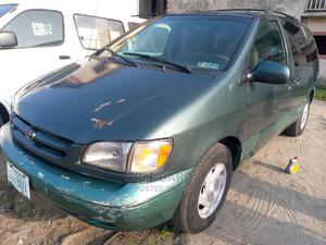 Toyota Sienna 2000 LE & 1 Hatch Green | Cars for sale in Rivers State, Port-Harcourt