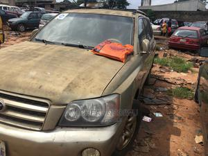 Toyota Highlander 2003 Limited V6 FWD Gold   Cars for sale in Anambra State, Onitsha