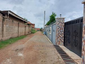 Furnished 4bdrm Bungalow in Commodore, Oyo for Sale | Houses & Apartments For Sale for sale in Oyo State, Oyo
