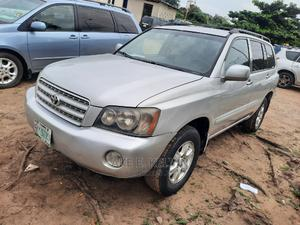 Toyota Highlander 2003 V6 AWD Silver | Cars for sale in Lagos State, Amuwo-Odofin