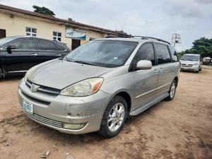 Toyota Sienna 2005 XLE Limited Silver | Cars for sale in Lagos State, Amuwo-Odofin