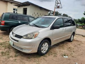Toyota Sienna 2005 LE AWD Silver | Cars for sale in Lagos State, Amuwo-Odofin