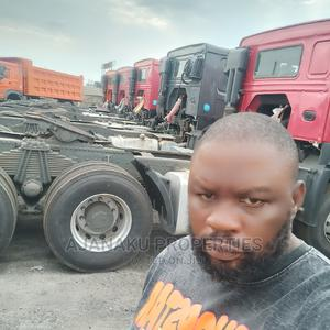 Howo Tractor Head Like Brand New One for Sale | Trucks & Trailers for sale in Lagos State, Amuwo-Odofin